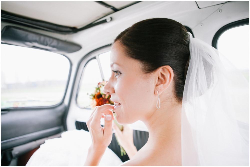 Bride in Fiat 500