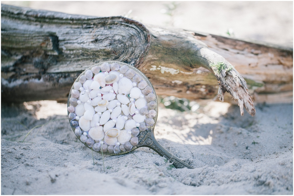 Mirror with sea shells