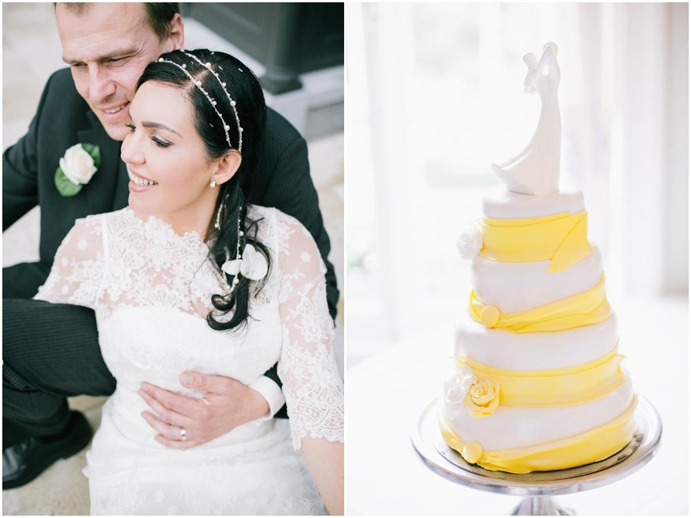 Koppel en bruidstaart