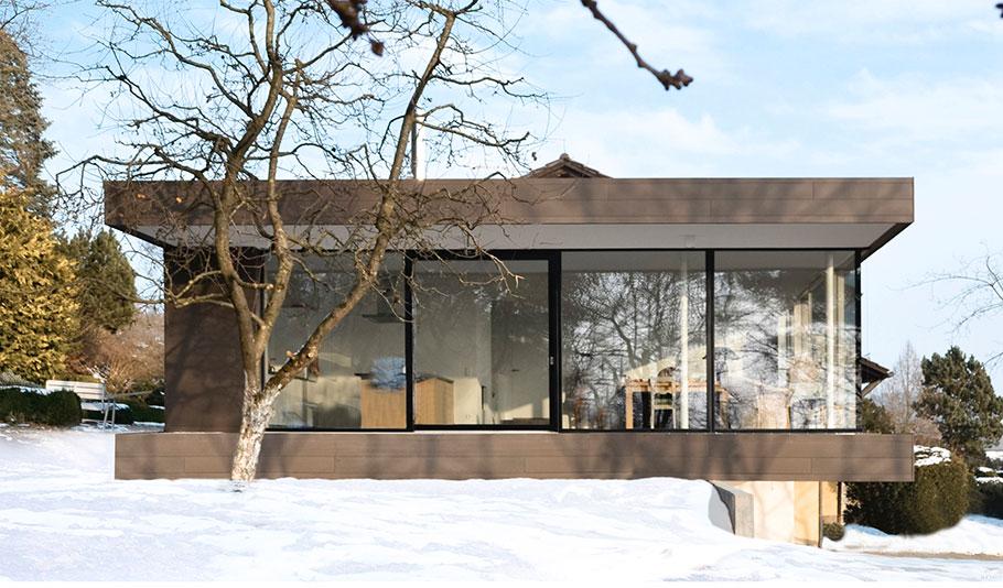 A1224-130203-Fassade-mit-Schnee.jpg