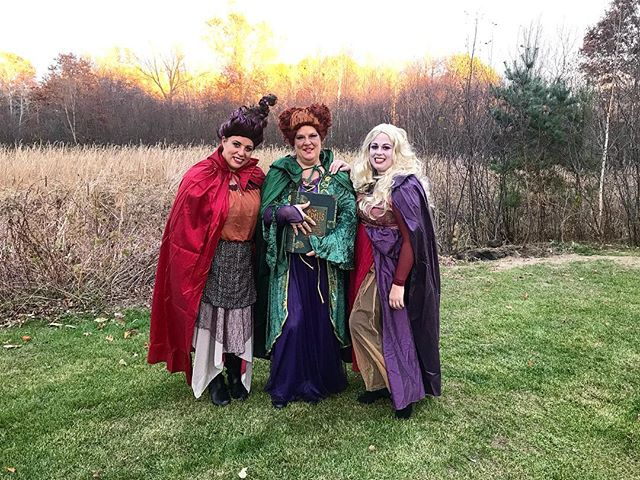 We are complete lovers of Hocus Pocus.  Silly or not we've always wanted to dress up as the Sanderson sisters!  It was a fun Halloween! 🎃👻