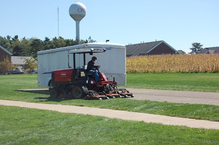 Toro mowers criss-crossed the open field adjacent to the Shisler Center where the Fall Festival was held. Thanks to our attendees, exhibitors, presenters and our hosts at the Shisler Center in Wooster, Ohio! We look forward to seeing all of you at the next festival on September 29, 2016!