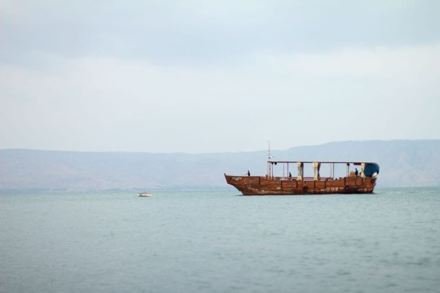 The Sea of Galilee.  At levels between 215 metres and 209 metres below sea level, it is the lowest freshwater lake on Earth. The lake is fed partly by underground springs although its main source is the Jordan River which flows through it from north to south. . . . . . . #seaofgalilee #kinneret #freshwaterfishing #freshwater #freshwaterbeach #canon #travel #travelholic #travelling #boats #lake #israel #wanderlust #wander #theglobalwanderer #wanderer @natgeotravel @travel_ofthe_planet @canonusa