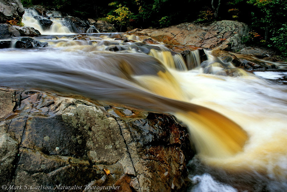Yellow Dog Falls, upper and lower cascades; ©markscarlson.com_resize.jpg