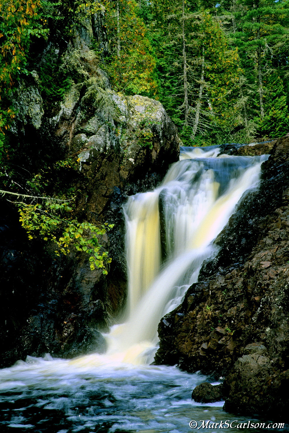 Upper Falls of the Montreal River; ©markscarlson.com_resize.jpg