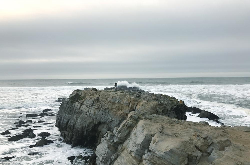 Pascadero-Beach-Cliff-Hoang-M-Nguyen-HoboLife