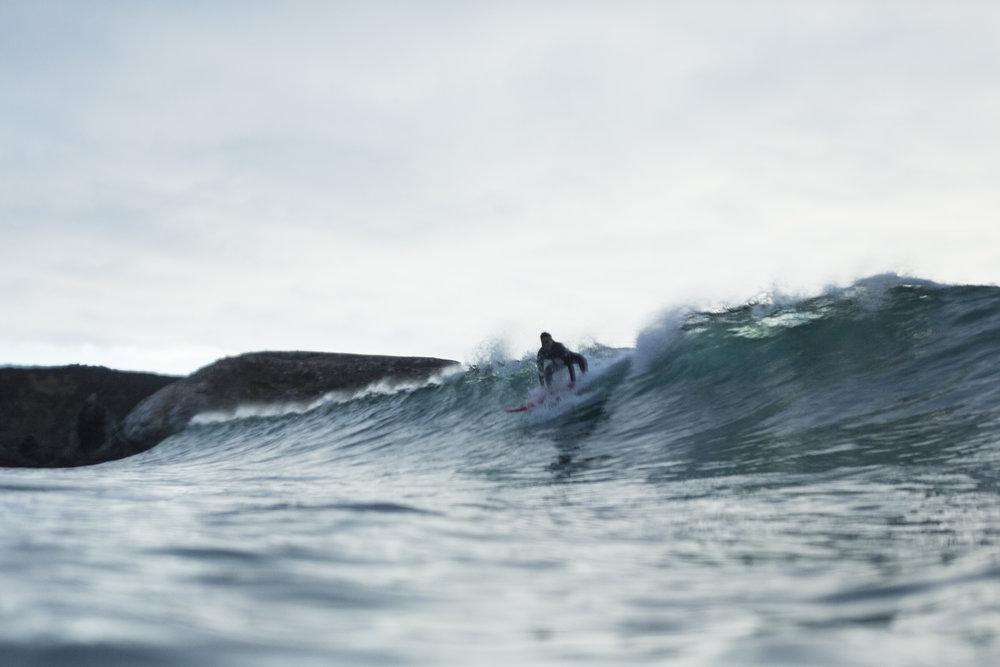 hoang-m-nguyen-hobo-life-surfing-shortsands-bigsur
