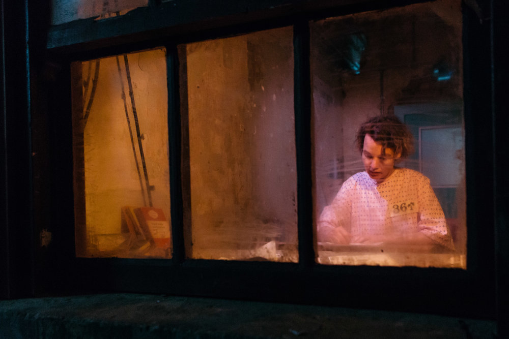 MadHouse_Production_Shoreditch Town Hall_Helen Murray-15.jpg
