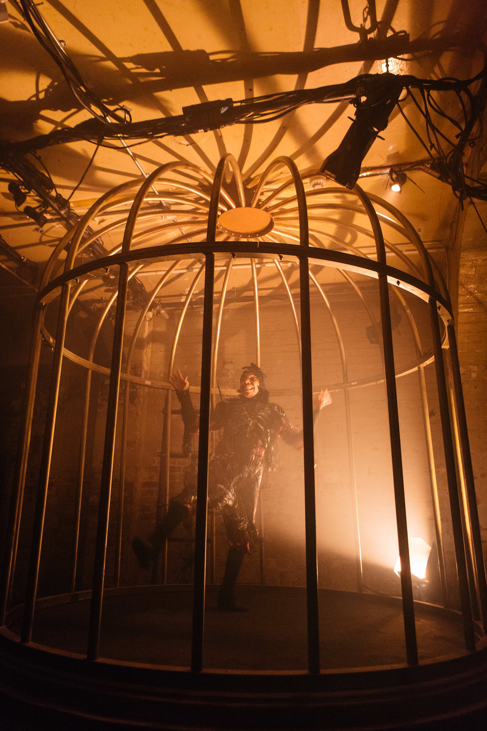 MadHouse_Production_Shoreditch Town Hall_Helen Murray-19.jpg