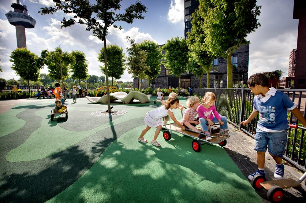 Bekkering-Adams-architecten-Public-Playground-6.jpg