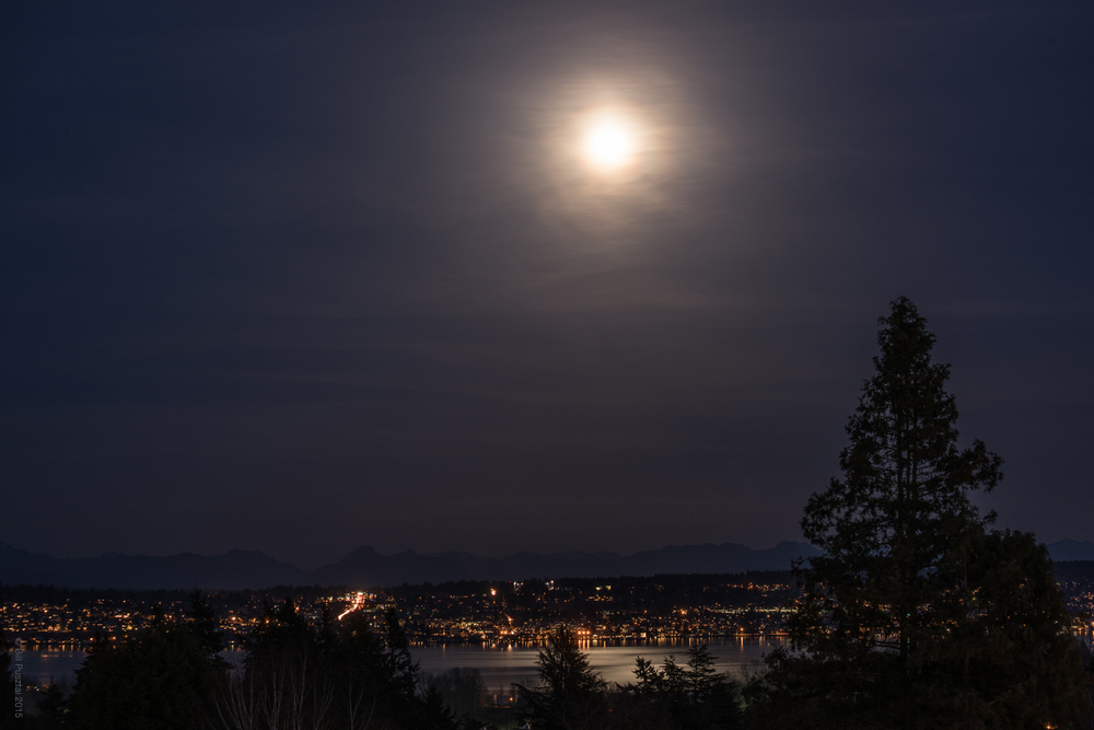Night view of Kirkland