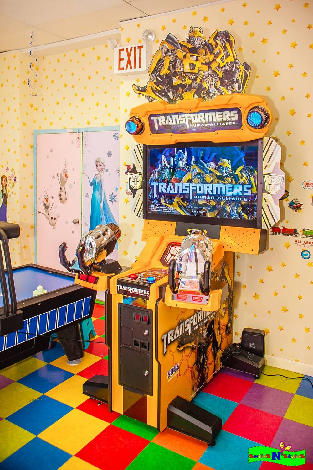 party center, free arcade, transformers, shooter, 2 player.jpg
