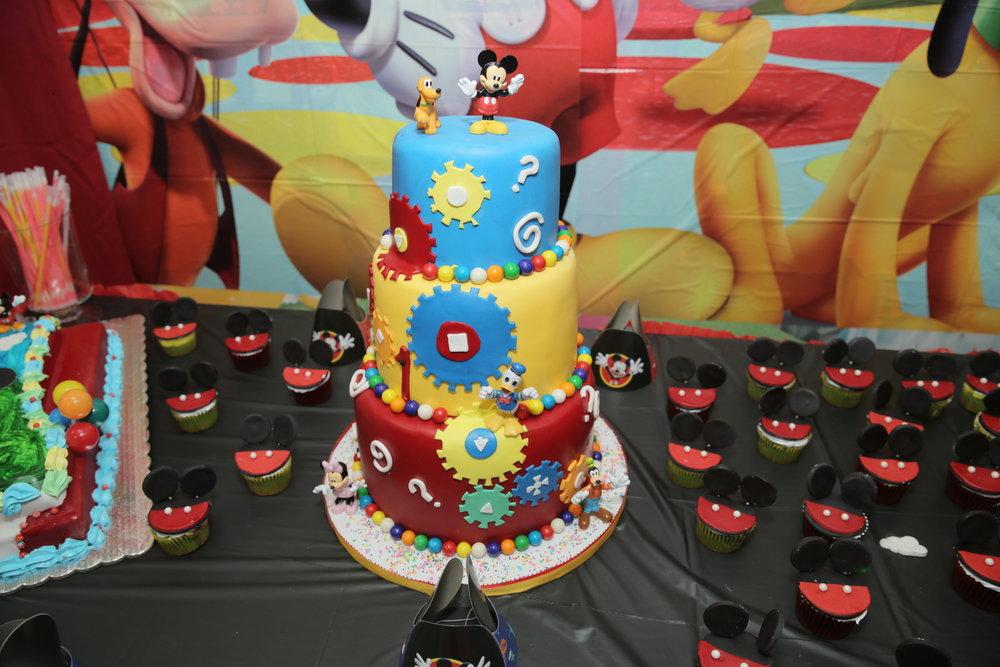 Mickey CakeJPG.jpg