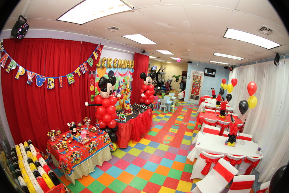 Mickey Party Tabel decorationJPG.jpg