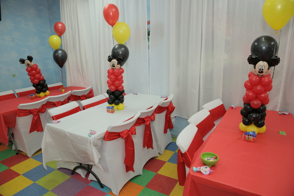 Mickey Table Center Decoration 2JPG.jpg