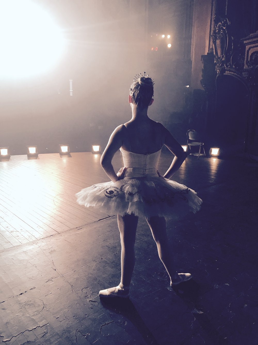 Ballerina APPLE commercial shoot -18.jpg