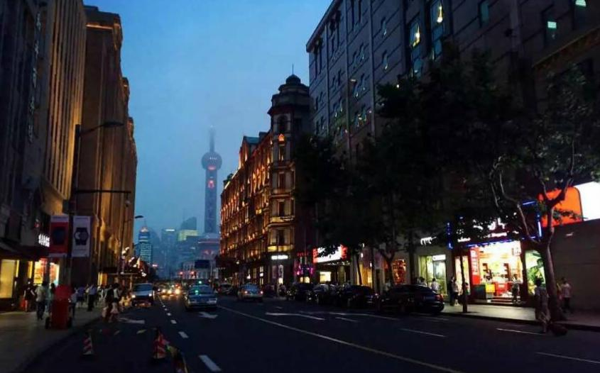 The calls of the street vendors on E Nanjing Rd make for a 'Blade Runner-esq' soundscape