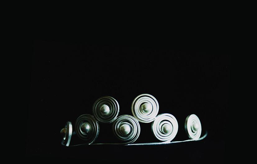 silver-scroll-tiara