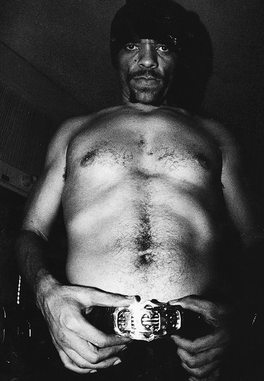 ice-t-wears-jewellery