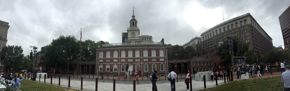 Independence Hall flanked by jumbotrons moments before the Pope started Mass.