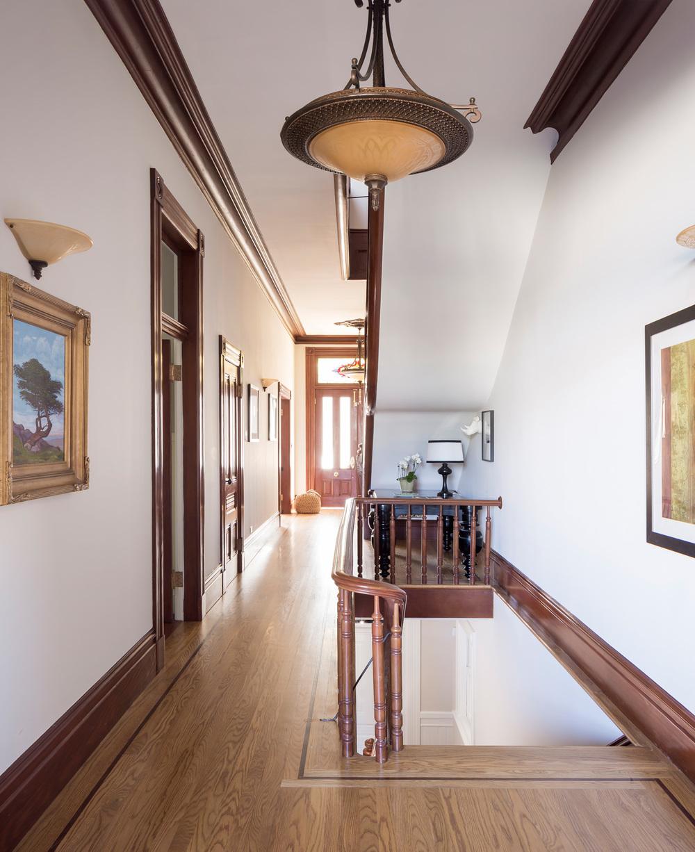 Entry_Hallway_0414.jpg