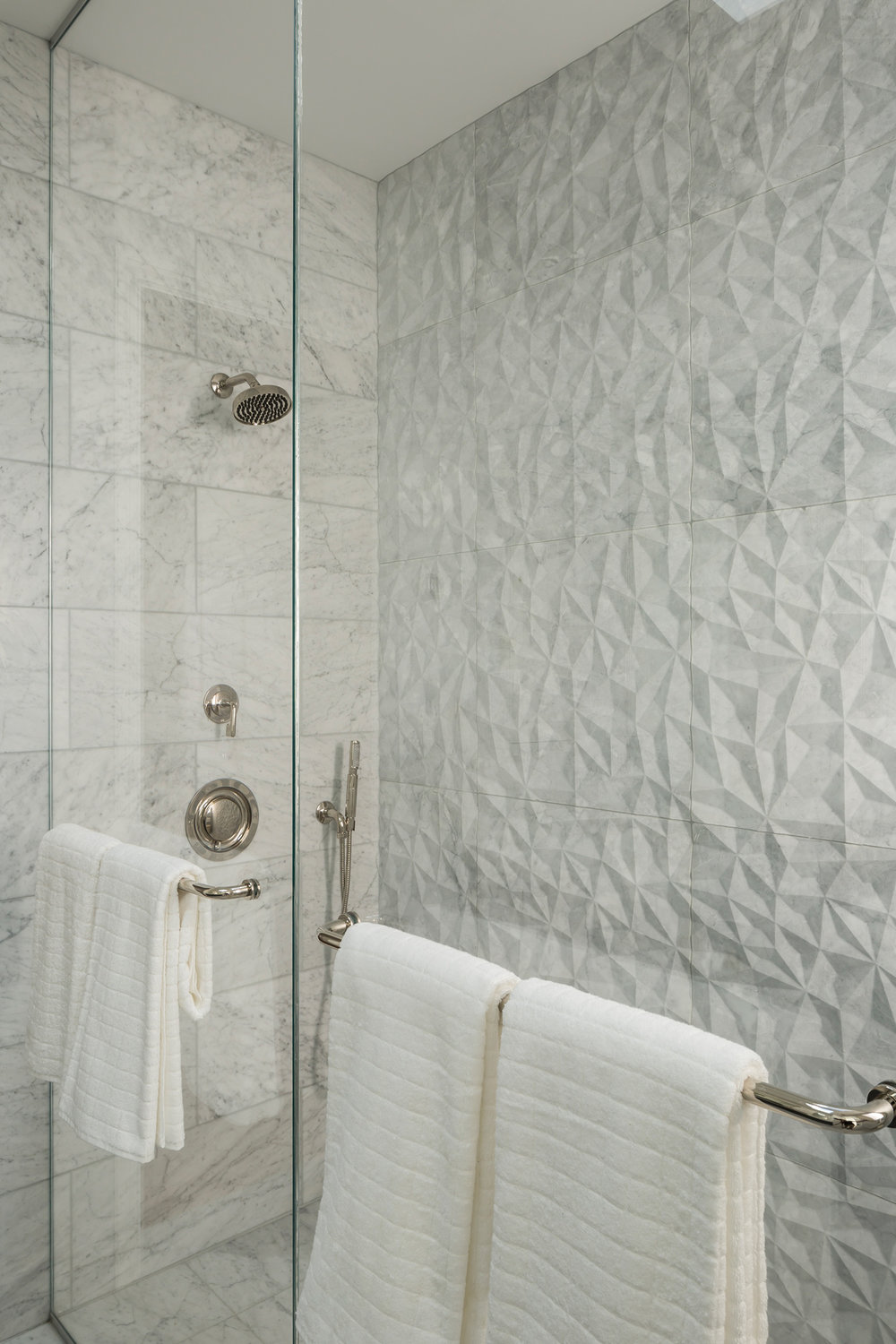 Master_Bath_Shower_3491.jpg