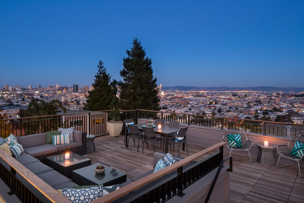 View_Roof_Deck_4588.jpg