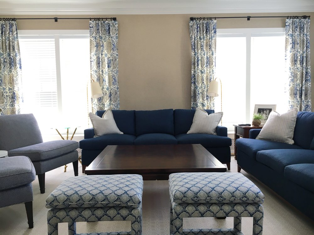 A classic and fresh Family Room. Next step: Accessories!