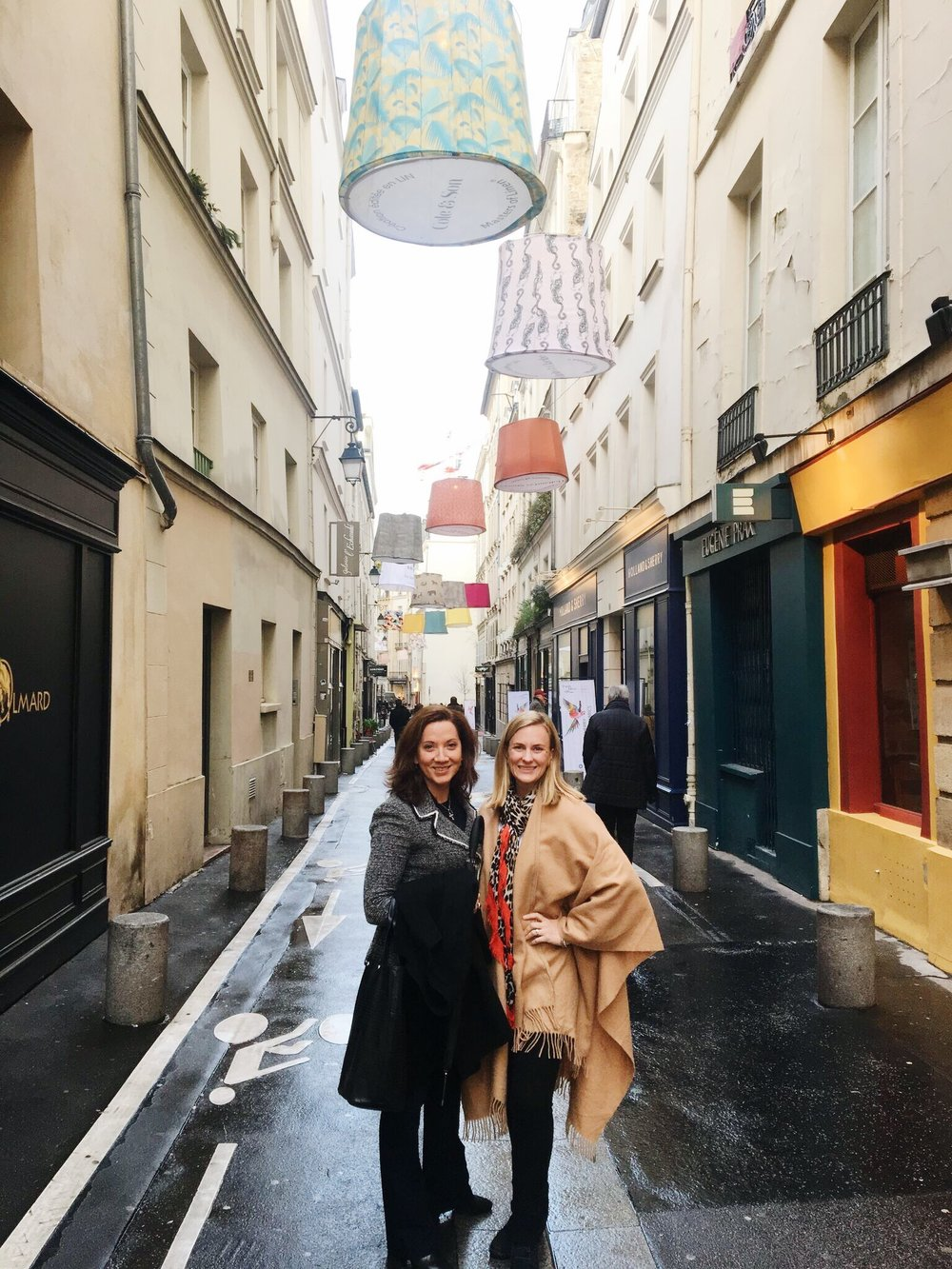 Annie and I in Paris's Design Quarter, which was decorated beautifully for Paris Deco-Off!
