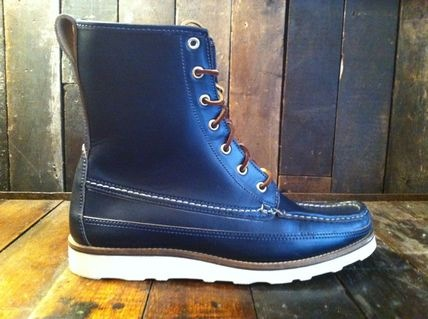 Oak Street Bootmaker's Hunt Boot    Navy Blue Horween Chromexcel leather    In shop now.