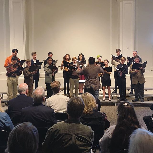 We are so proud of the young people of the Louis A Botto (LAB) Choir who sang a remarkable and challenging program of #earlymusic on Sunday. Especially impressed by some mad German, French, and Latin diction skills. Thanks to our Education Director Cole Thomason-Redus for a huge amount of work and a cool musical point of view! So uplifting to watch middle and high schoolers making and connecting through vocal music. 🎶 #chanticleer #labchoir #youthchoir #youngmusician #middleschool #highschool #singer #singing #choir