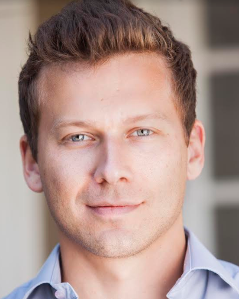 - dANIEL LANDVER- CEO & CO-FOunderA 15 year expert in the retail & e-commerce space, Daniel Landver utilizes his skills in marketing, operations and product development to build meaningful brands alongside talented influencers