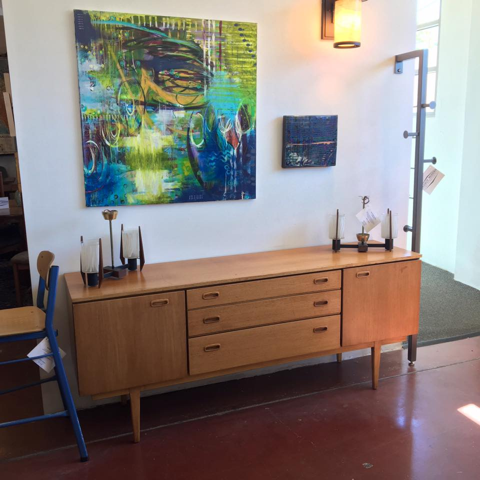 This 1950s Nathan credenza in oak is simple in design and will provide extra storage and style.