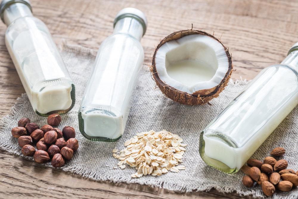 different-types-of-non-dairy-milk-PRKFYPC.jpg