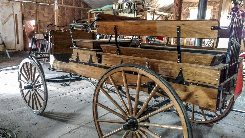 Pioneer buckboard with hydr brakes