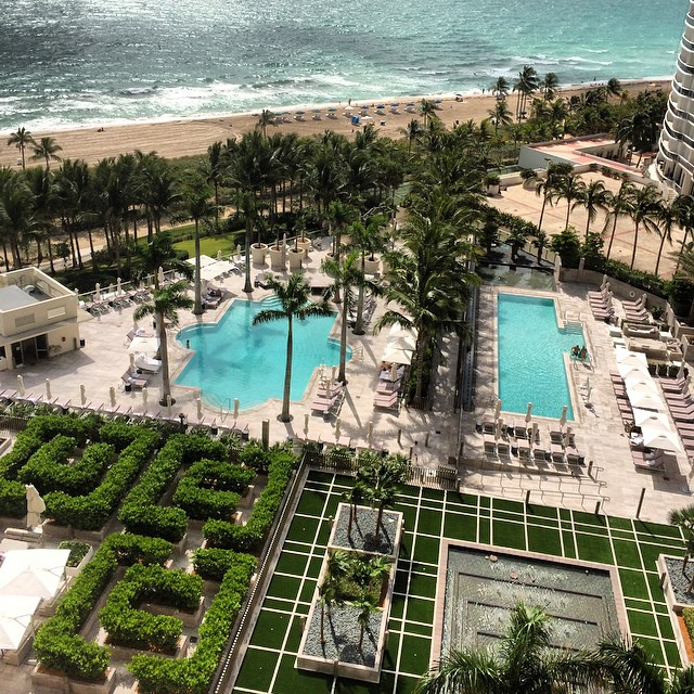 I woke up like dis… #luxury #bestview (at The St. Regis Bal Harbour Resort)