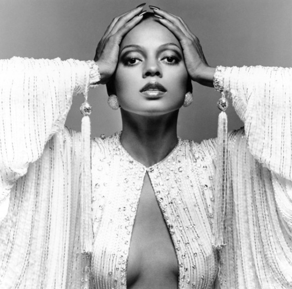 I always live for Diana Ross. via samiagrand