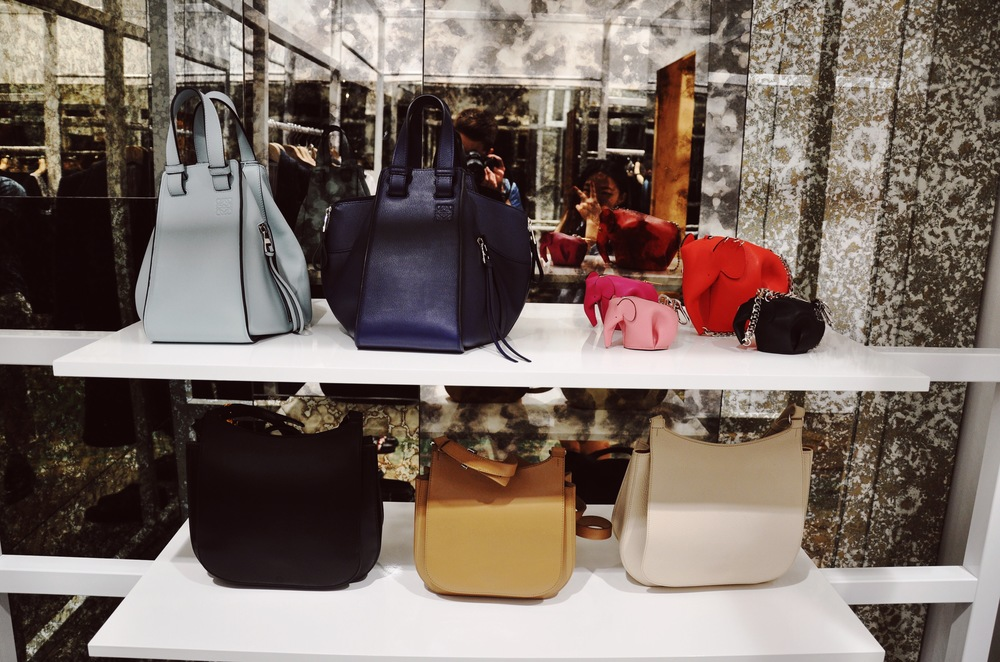 View of the Loewe accessories.