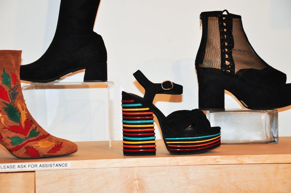 Total fall shoe vibe!