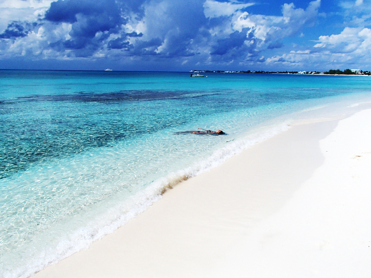 Seven Mile Beach In The Cayman Islands
