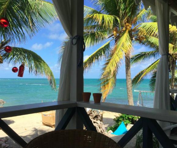 Cecilia's High Point Cafe - Antigua