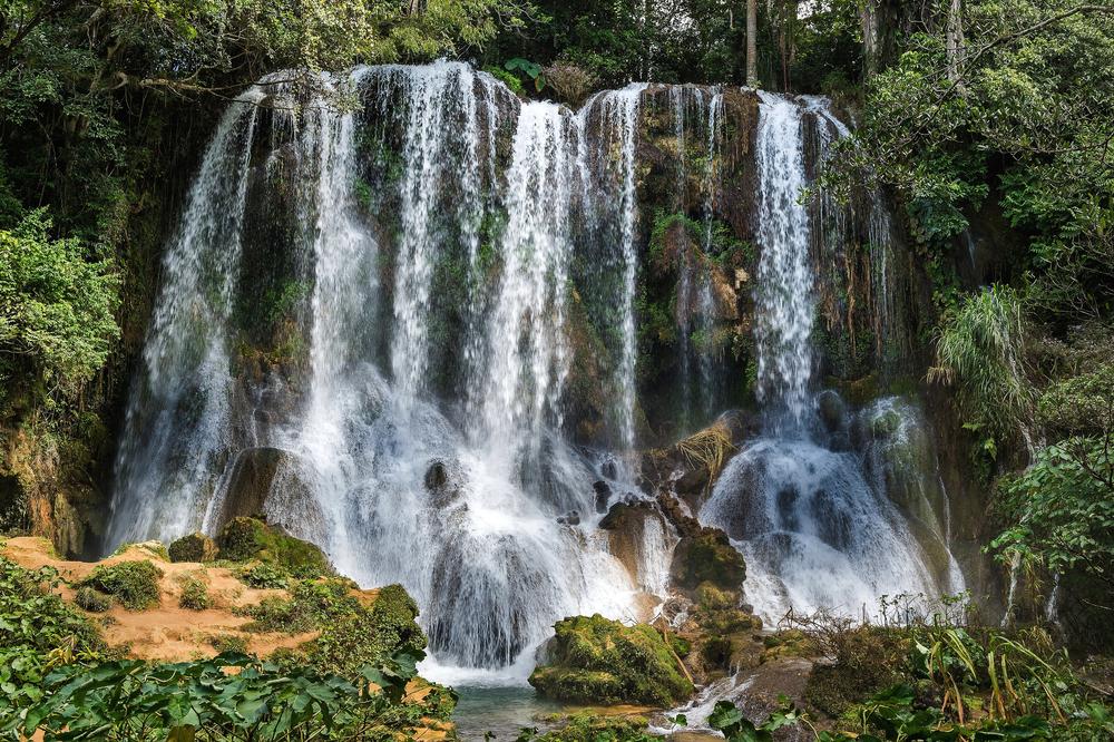 Cuba_waterfall