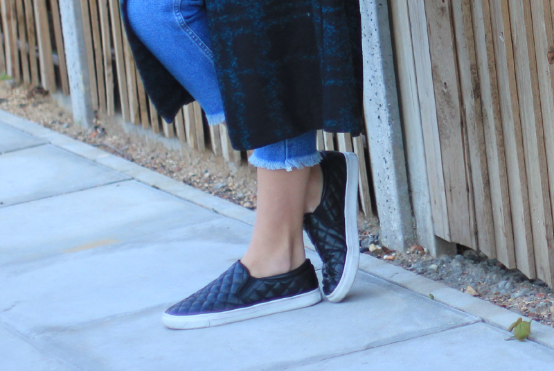fringed+jeans+and+slipons+9-.png