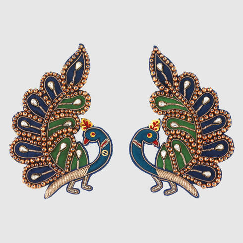 458701_I9567_8520_001_100_0000_Light-Embroidered-peacock-earrings.jpg