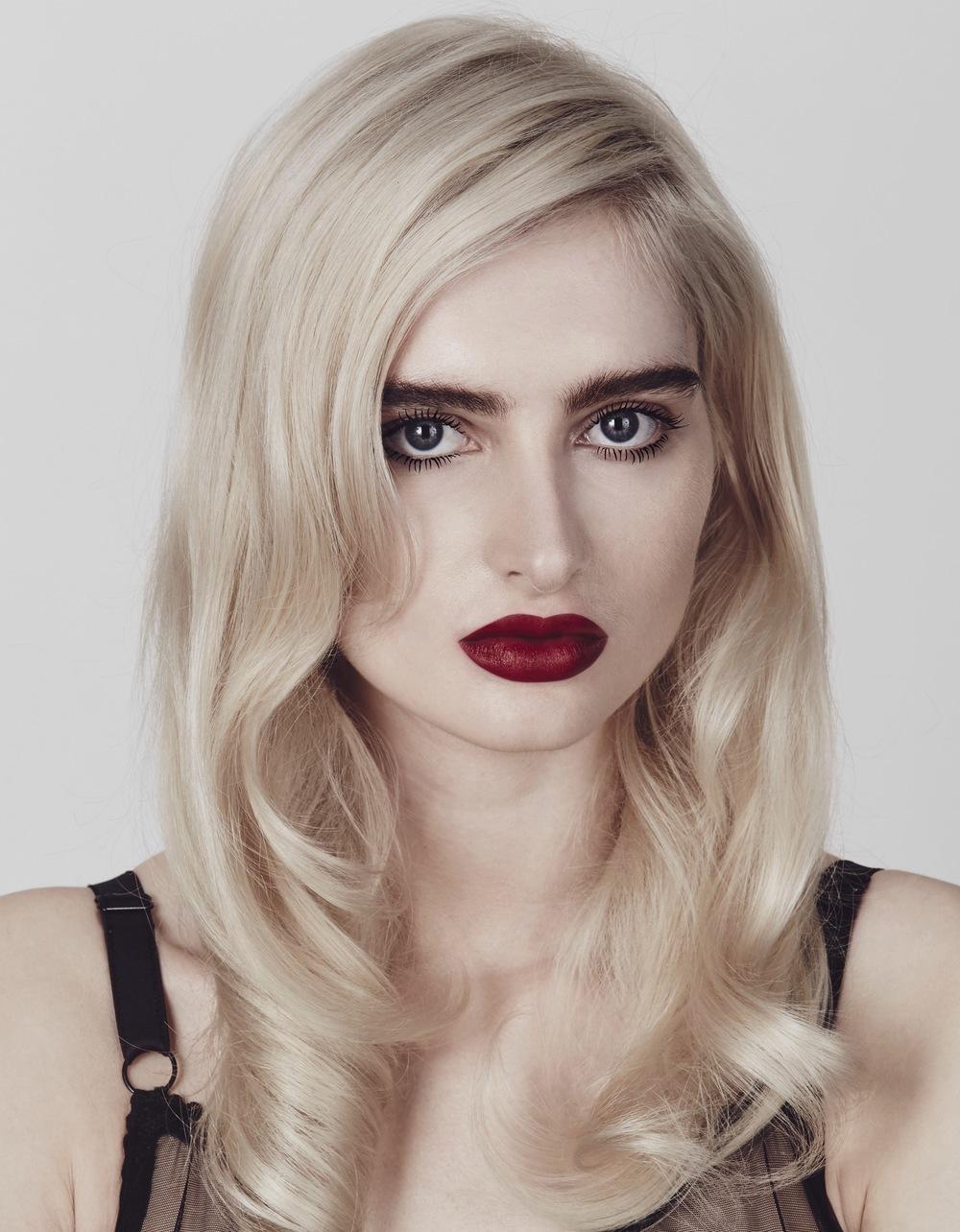 Red-Vamp-Natural-Makeup.jpg