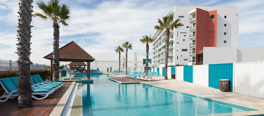 WWRY MANDURAH ACCOMMODATION - Some very exciting home-away-from-home accomodation specials for you all in Mandurah, thanks to show partner Seashells Mandurah. Just look at that pool!