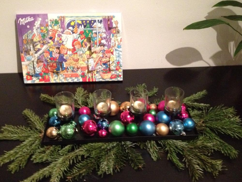 Adventskalender und Kerzen - Savannah Page