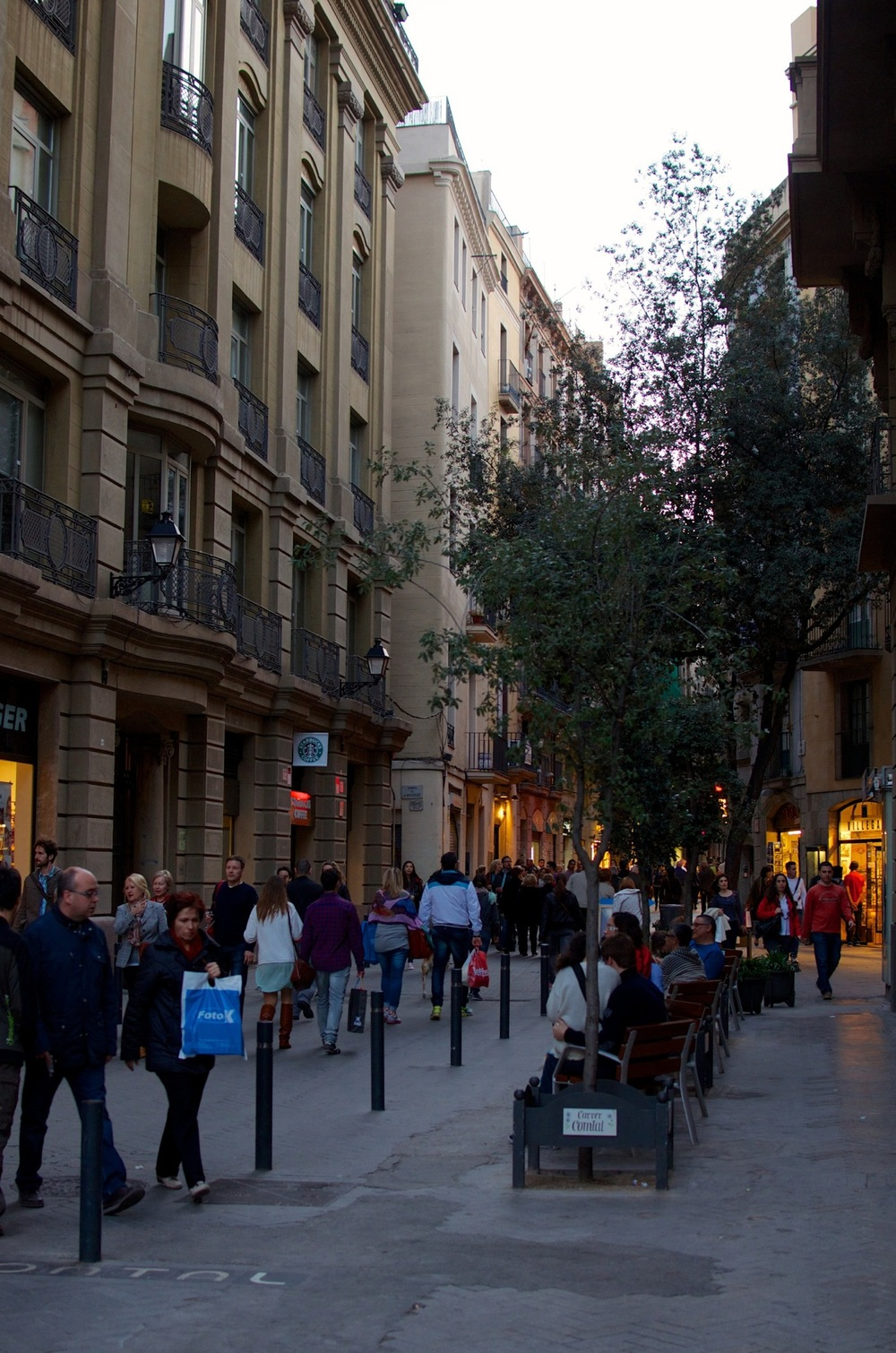 Barcelona 2013 - Savannah Page 3