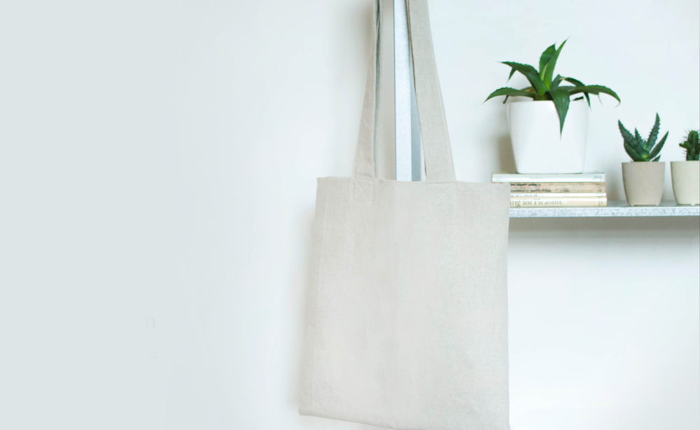 Minimal linen tote bag new-in at Veryan.
