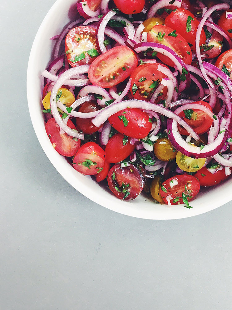 tomarto and red onion salad